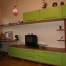 Prekybinė įranga, miegamojo, prieškambario, vaiko kambario baldai